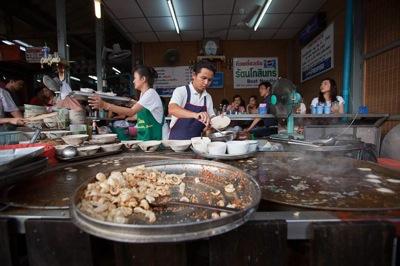 2011 04 27 thai street food