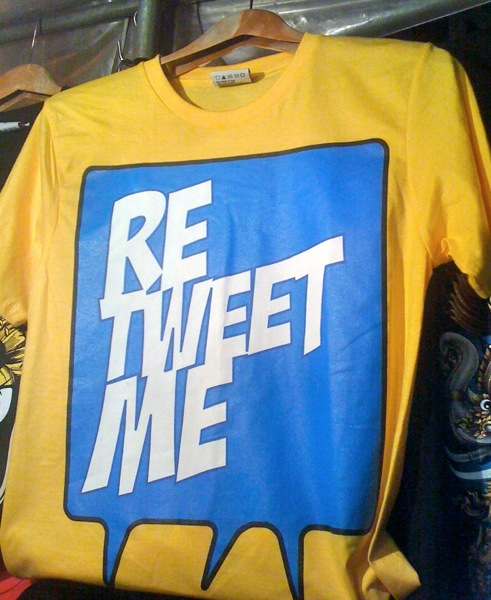 2011 12 05 retweet me T shirt bangkok