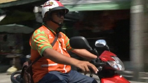 2012 03 19 motorcycle taxi twitterer