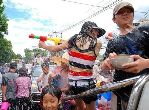 2012 04 13 Songkran
