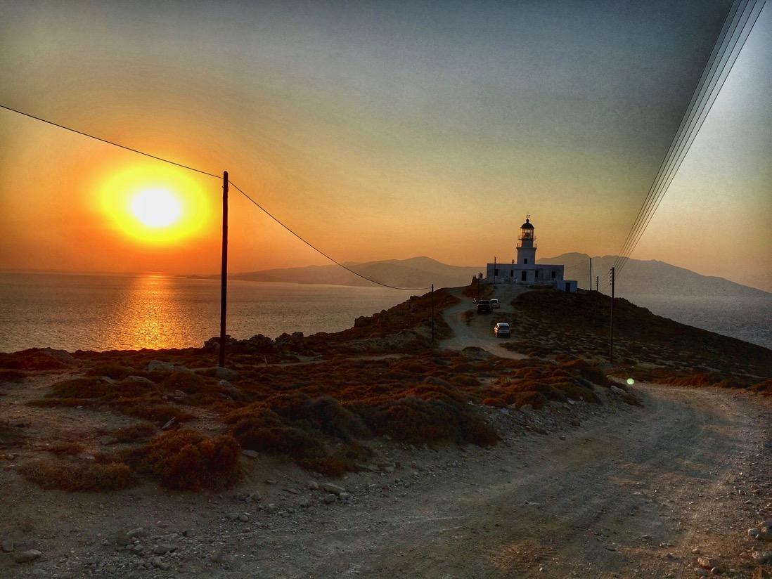mykonos lighthouse IMG 2545
